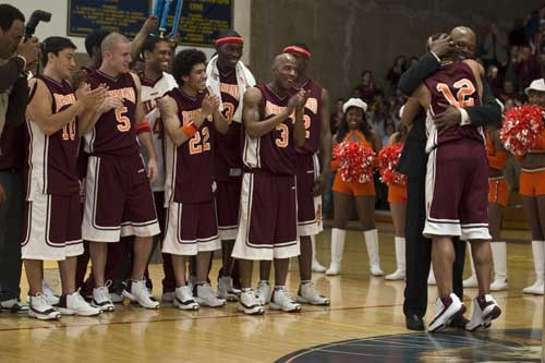 - coach_carter_with_team_on_court